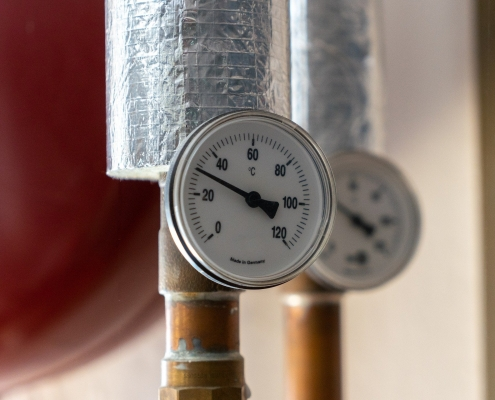 water heater plumber